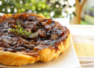 Tart with Mushrooms and Onions