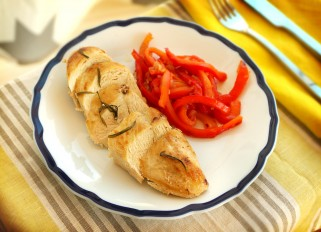 Chicken with Tarragon Sauce and Bell Pepper