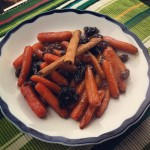 Carrots Tzimmes with Raisins and Prunes-2