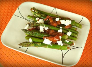 Asparagus with Tomatoes and Balsamic Vinegar