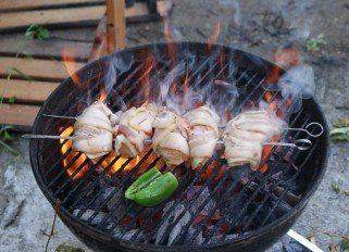 Grilled Chicken Wrapped with Leeks and Bacon