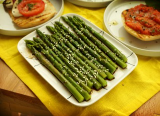 Asparagus with Soy Sauce and Sesame