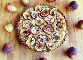 Fig almond tart