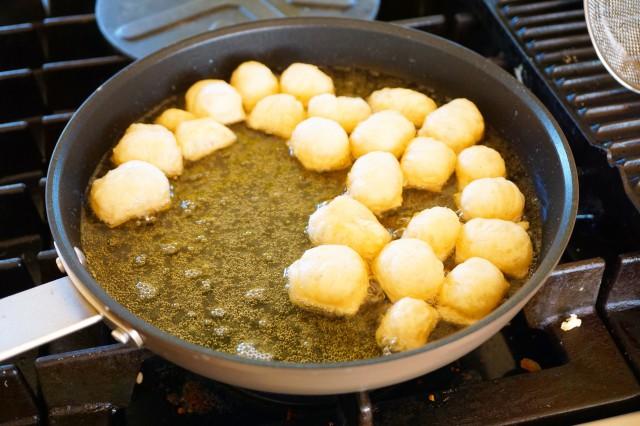 Chai spiced buttermilk beignets
