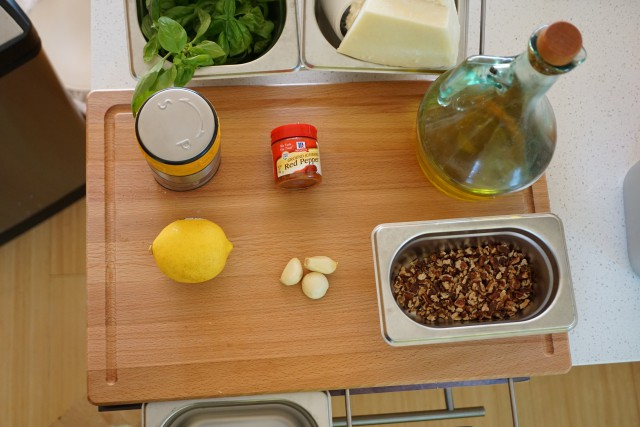 Walnut basil pesto