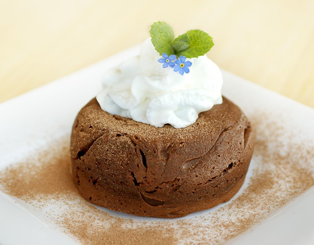 Chocolate Pudding with Cream